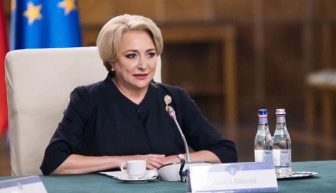Foto: Comisia Europeană, acuzată că ar fi intervenit în dosarele de corupţie din România