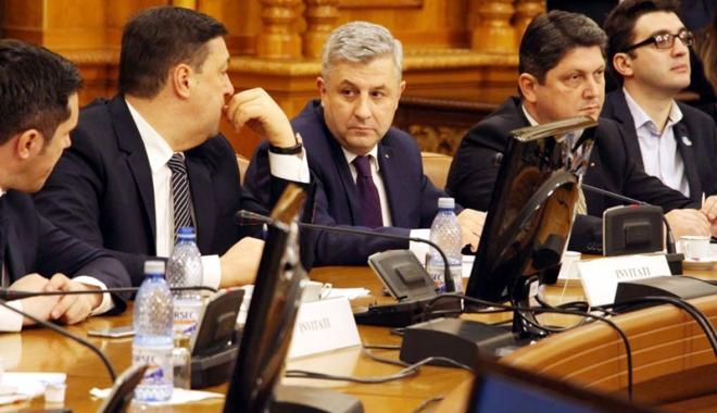 Foto: Comisia Iordache a amânat modificările la Codul Penal