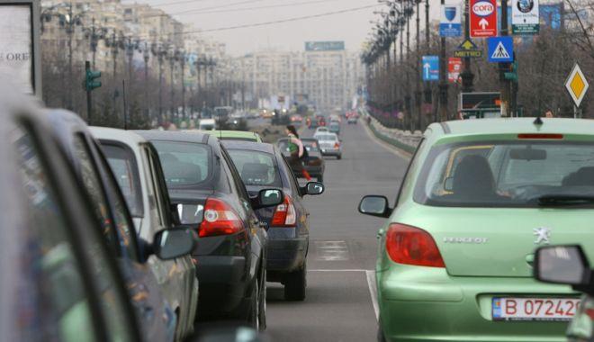 Foto: CE: România riscă sancţiuni vizavi  de taxa auto
