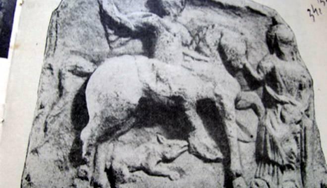 Galerie FOTO. Comorile Dobrogei, dispărute fără urmă. Ce s-a furat din siturile arheologice - comoriledobrogeicavalerultrac-1422800402.jpg