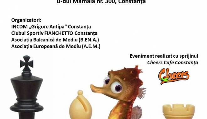 Foto: Competiţie pentru elevi. Cupa Mării Negre la şah