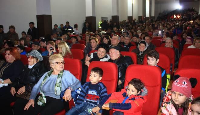 Comuna Mihail Kogălniceanu, în sărbătoare.  Olimpicii şi sportivii, răsplătiţi pentru premiile obţinute - comunakogalniceanu2-1450076807.jpg