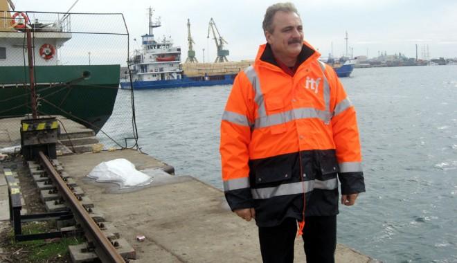 Foto: Comunitatea maritimă,  decisă să rezolve criza locurilor  de practică pentru cadeţi