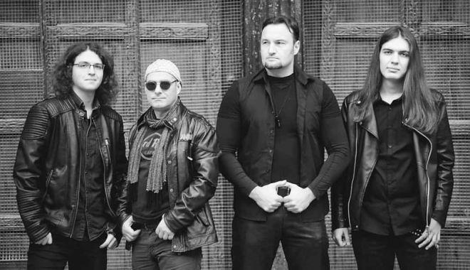 """Foto: Trupa """"Prefix TM""""  îşi lansează  primul album la """"Barba Neagră""""  din Vama Veche"""