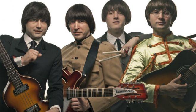 Foto: Concert tribute Beatles,  pe scena Teatrului Naţional