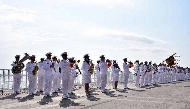 Foto: Concerte de muzică militară  pe falezele din Constanţa şi Mamaia