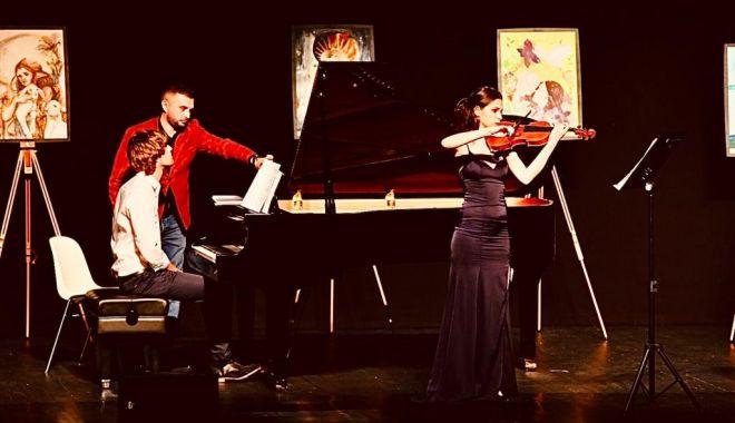 Foto: Ioana Popescu și Alexander Maria Wagner în concert de mărțișor pentru dascălii constănțeni