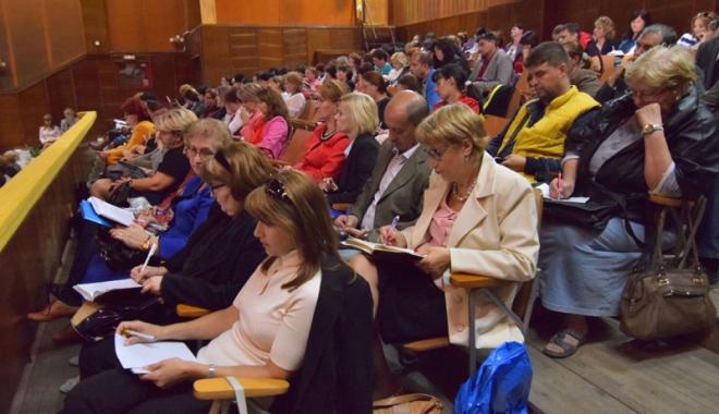 Foto: Reîncepe cursa  pentru posturile de directori  de şcoli din Constanța