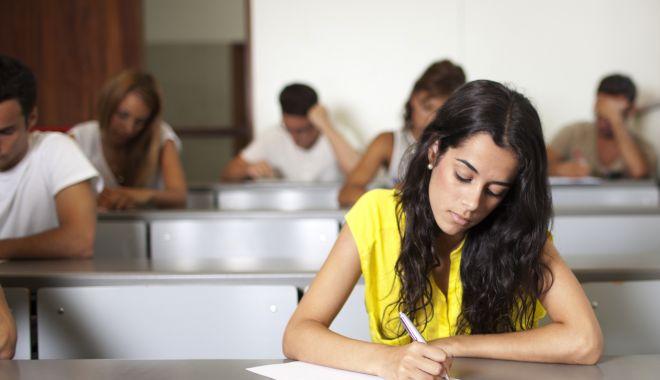 Concursul pentru funcțiile de director, singurul mod de a elimina suspiciunile de politizare a şcolilor - concursdirectori-1610121777.jpg