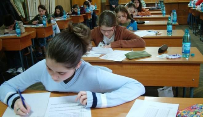 Foto: Concurs interjudeţean de matematică, la Galaţi