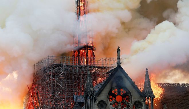 Foto: Conferinţă a donatorilor pentru reconstrucţia catedralei Notre-Dame