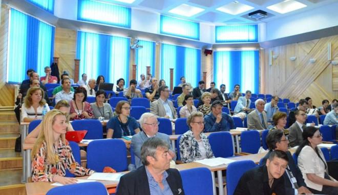"""Conferinţă internaţională de studii baltice şi nordice, la Universitatea """"Ovidius"""" - conferintainternationala-1369659533.jpg"""