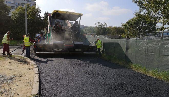 Foto: Administrația locală reamenajează trotuarele din Constanța