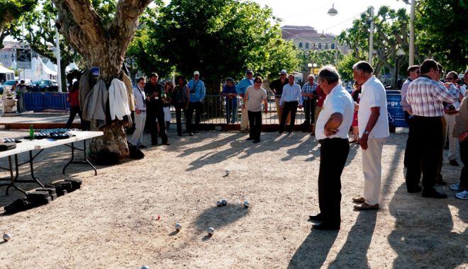 Foto: Concurs de petanque  pe plaja din Vama Veche
