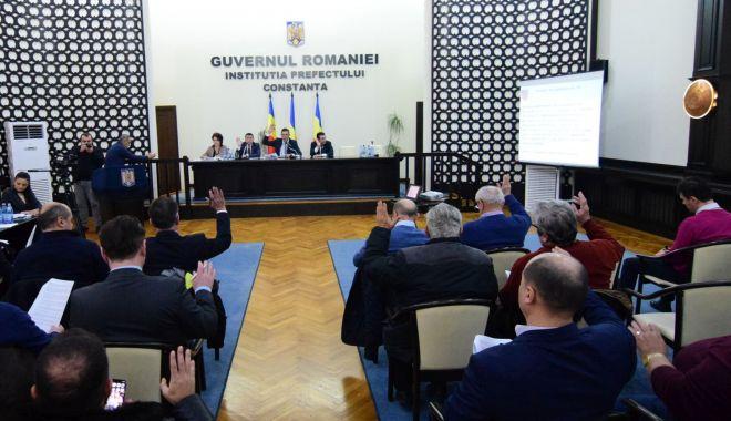 Foto: Consilierii județeni, convocați în ședință. Ce proiecte se află pe ordinea de zi