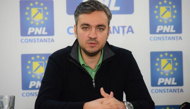 Foto: Consilierul județean George Niculescu, aviz pozitiv pentru realizarea unui sens giratoriu