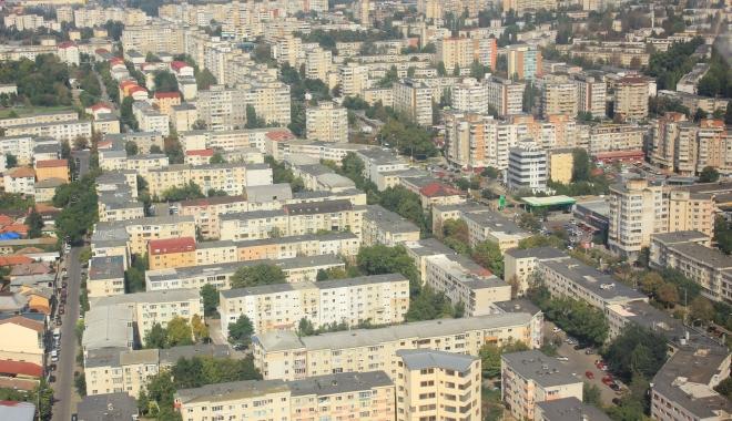 """Foto: Vă place cum arată Constanța? Doar buldozerul mai poate îndrepta """"crimele"""" trecutului"""