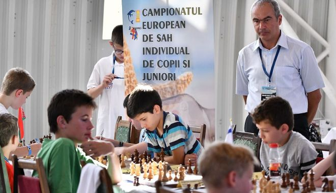 Foto: Constanţa devine capitala şahului european juvenil, la vară
