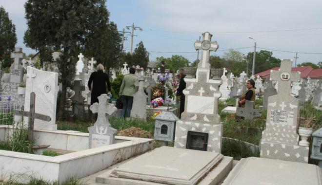 Foto: Primăria Constanţa, apel la concesionarii locurilor de veci din cimitire