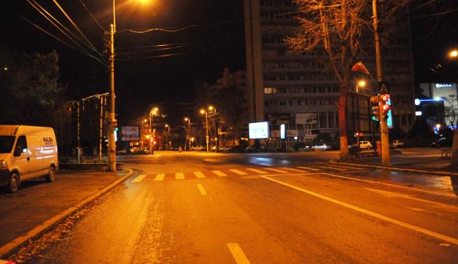 Foto: Se sting luminile la CONSTANŢA. Mâine seară sărbătorim ORA PĂMÂNTULUI