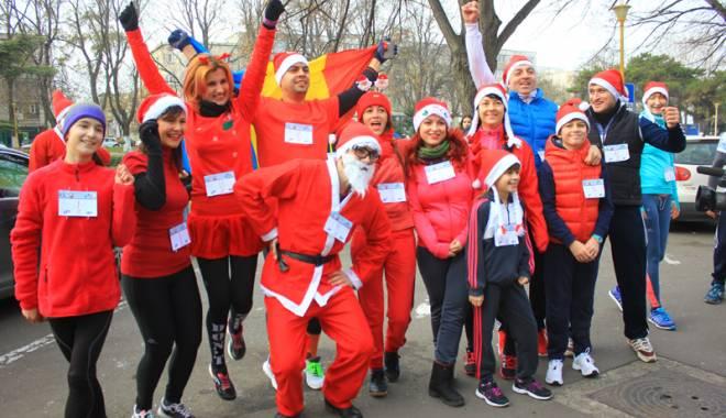 Foto: Constanţa şi-a desemnat  cel mai rapid Moş Crăciun,  la Crosul SantaRun