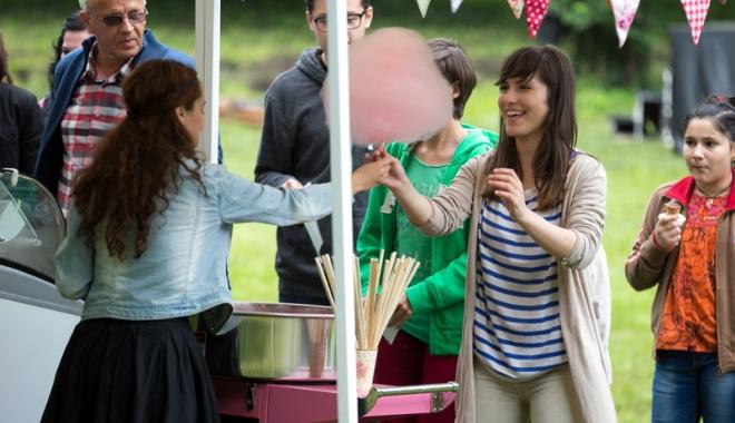 Foto: Vrei să vinzi vată de zahăr? Primăria Constanţa te aşteaptă la licitaţie
