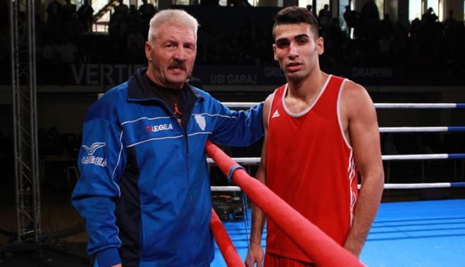 Foto: Constănţeanul Arsen Mustafa, calificat în sferturile CE de box