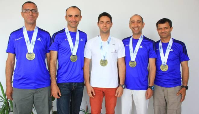 Foto: Constănţenii, iuţi de picior la Semimaratonul Bucureşti