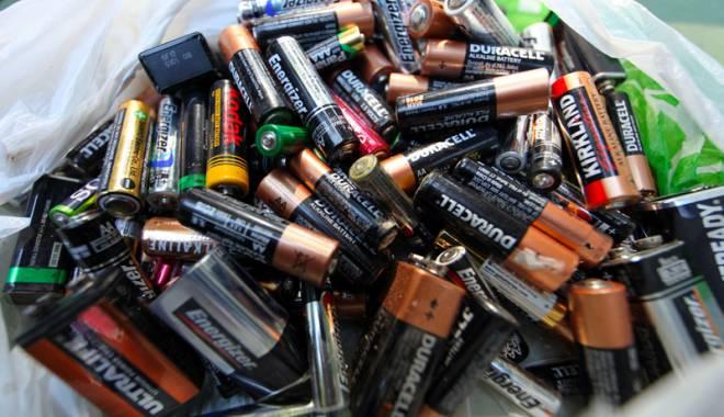 Foto: Constănţenii, invitaţi să recicleze bateriile uzate