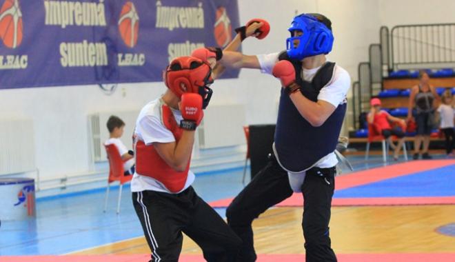 Foto: Constănţenii iau cu asalt Campionatul European de Kung-Fu