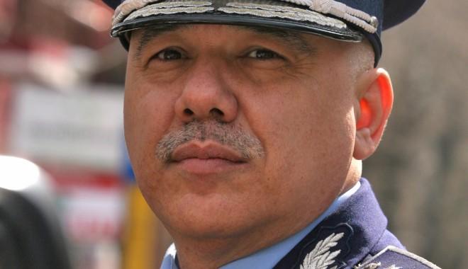 Foto: Există normă de amenzi în Poliţia Rutieră? Acuzaţii aduse şefului Rutierei Constanţa / Galerie foto