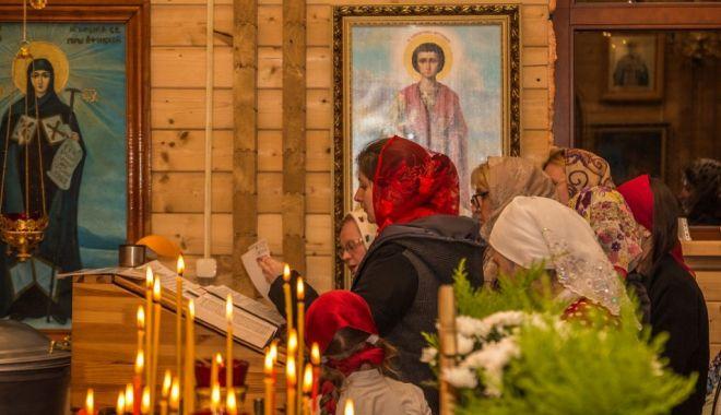 Foto: Sărbătoare mare pentru ortodocși: Sfinții Constantin și Elena