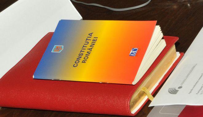 Foto: PSD vrea referendum pentru revizuirea Constituţiei înainte de alegerile prezidenţiale