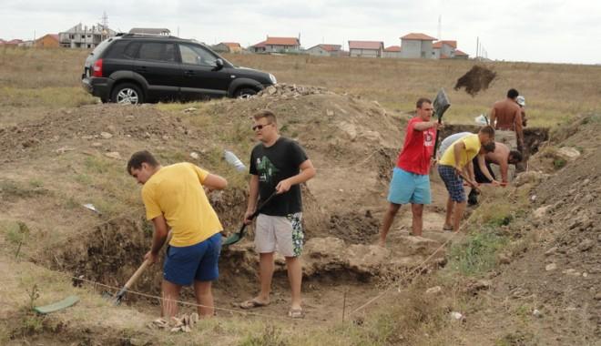 Ce ascund arheologii din Mangalia de vânătorii de comori - constructiiantice2-1347215636.jpg