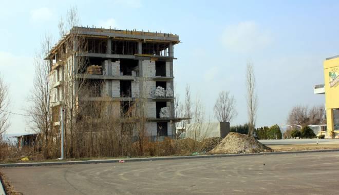 MAMAIA SE SUFOCĂ! Se ridică hotel după hotel! - constructiimamaia44-1425318001.jpg