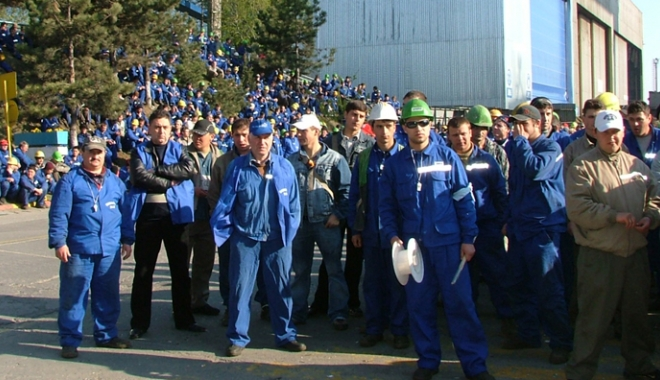 Constructorii de nave de la Daewoo-Mangalia trăiesc cu spaima zilei de mâine - constructoridenave-1515776308.jpg