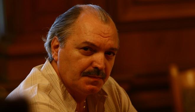 Foto: Consulul general al României la Montreal, rechemat de la post