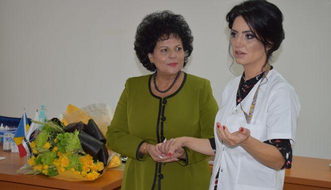 Foto: Consultaţii oftalmologice gratuite pentru locuitorii comunei Cumpăna