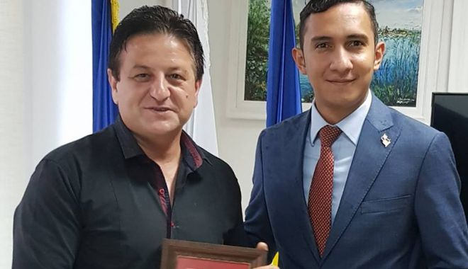 Foto: Consulul general  al Panama  a vizitat CERONAV