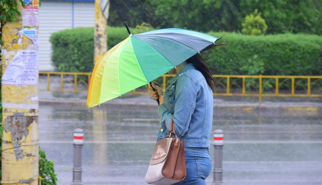Continuă ploile, la Constanța. Cod galben de averse torențiale - continuaploile-1592750255.jpg