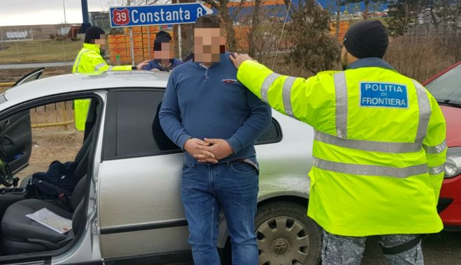 Contrabandişti de ţigări, prinşi de poliţiştii Gărzii de Coastă - contrabandistitigarete3-1548093665.jpg