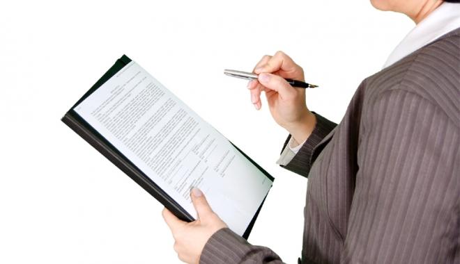 Foto: Care este durata maximă a unui contract determinat de muncă