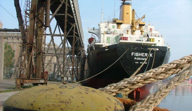 Foto: Contractul pentru dragajul de investiții din portul Constanța a fost câștigat  de o firmă italiană