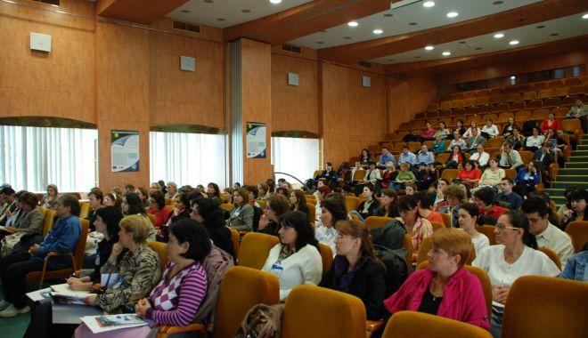 Foto: Contribuabilii apreciază utilitatea întâlnirilor organizate de ANAF