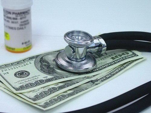 Nu ai venituri? Ce trebuie să ştii despre contribuţia la asigurările de sănătate - contributialaasiguraridesanatate-1452093150.jpg