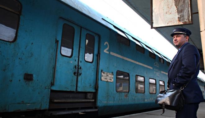 Foto: Controale de amploare în trenuri.  Vizaţi au fost şi imigranţii