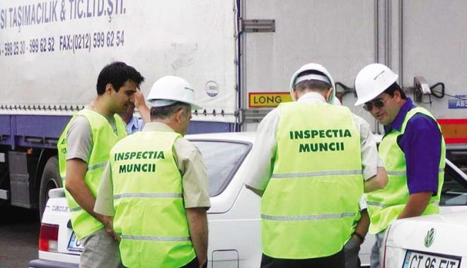 Foto: Litoralul, verificat şi amendat de inspectorii de muncă