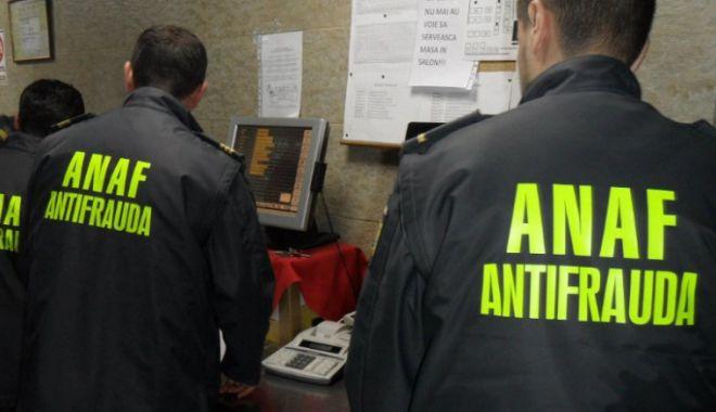 Foto: ANAF va intensifica verificările modului de dotare cu noile case de marcat cu jurnal electronic