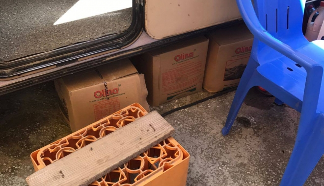 Foto: Control OPC în Campingul Lebăda din Năvodari. Mai multe unităţi de alimentaţie publică riscă să fie închise. GALERIE FOTO
