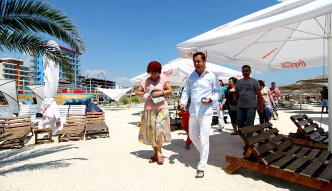 Foto: Plajele la control! Comisarii OPC au dat amenzi uriaşe în Mamaia